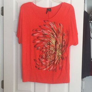 New Directions 1x Floral graphic Top 1X